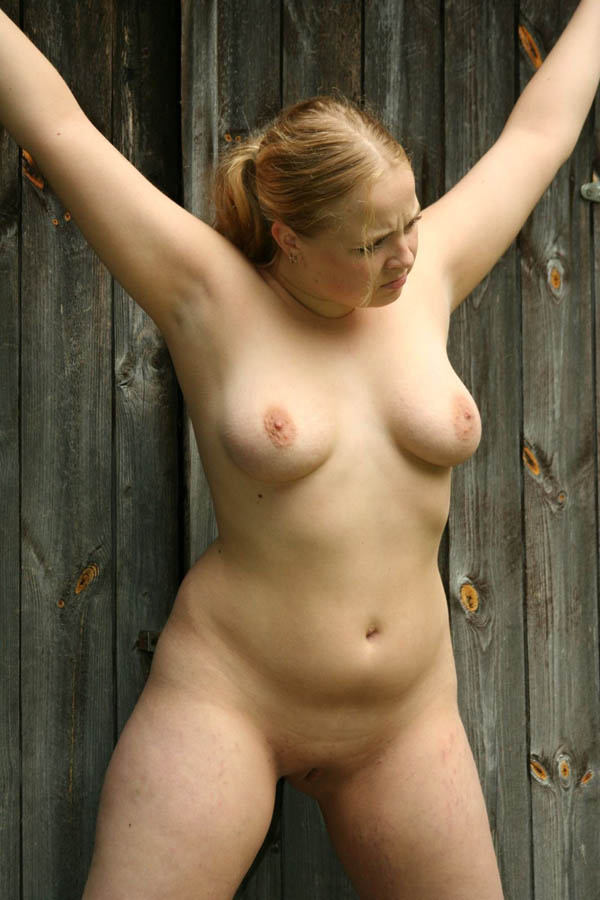 Good, busty crucified nude can look
